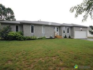 $589,999 - Bungalow for sale in Innisfil