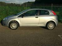 Fiat Punto 1.2 2006 model drives superb low miles perfect for first timers £1199 bargain