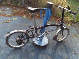 Brompton Bike - 3 Gears - In Good Condition