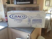 Graco contour bassinet - Travel Cot