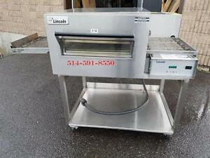 "**DEMO*** SHOWROOM MODEL Lincoln Conveyor Pizza Oven 18"" Belt , Four Convoyeur"