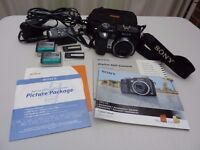 Sony Cyber-shot Digital Camera DSC-V3, 7.2MP, 4xOptical Zoom, plus accessories, excellent condition