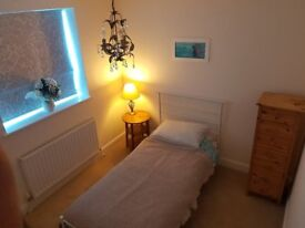 Room to let in Stanway, Colchester.