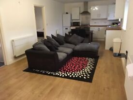 Lovely 2 double bed furnished flat to rent in brentry with off street parking and courtyard garden.