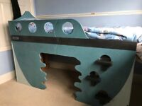 Bespoke pirate's ship bed
