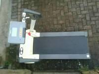 Electric REEBOK IRUN treadmill EXCELLENT CONDITION £140