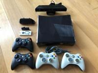 Xbox 360 S, 4 pads, Accessories, 25 Games!