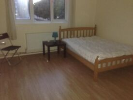 DOUBLE ROOM RENT NEXT TO QUEEN'S MARRY UNIVERSITY MILE END