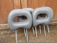 Mitsubishi Shogun grey leather headrests