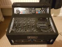 Skytec Dj decks in flight case with mixer