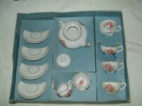 Dolls Tea Set, condition as new this item is unused, excellent condition with box
