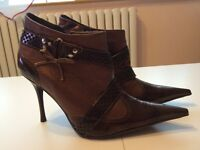 boots size 6 brown new