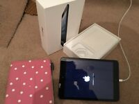 Apple iPad Mini 32GB Black wifi and Cellular (3G)