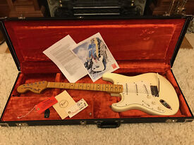 Fender Jimi Hendrix Tribute Stratocaster 1997 (Woodstock model)