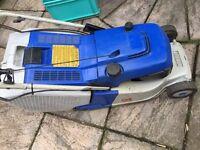 Yamaha ylm 342 self propelled petrol lawn mower