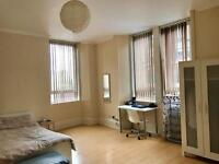 Furnished Double Room Dennistoun near City Centre
