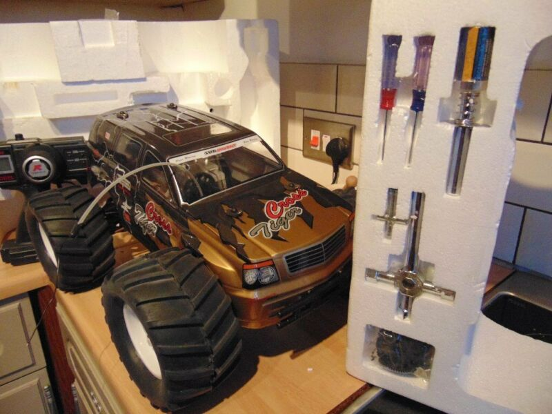 rc nitros 4 wheel drive Truck, used for sale  Luton, Bedfordshire