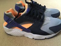 Huaraches junior trainers size 5.5- only worn once