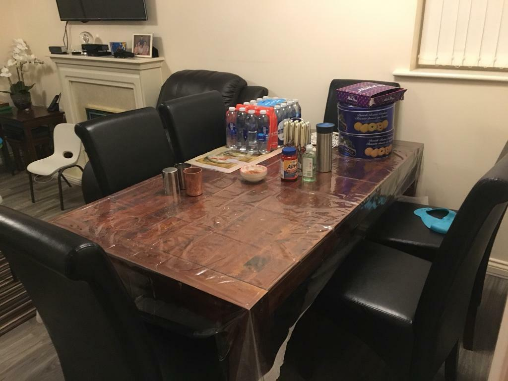 Dining table hard wood 6 seater