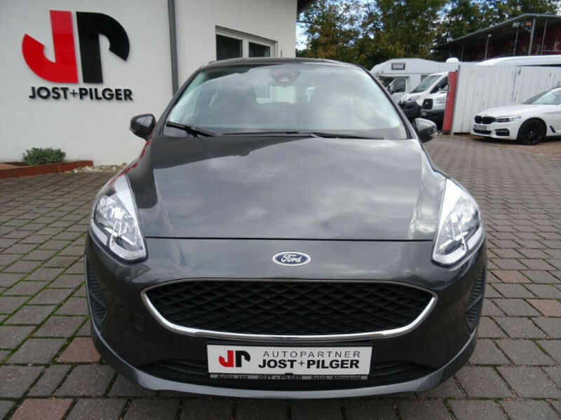 Ford Fiesta Cool & Connect, Winterpaket, PDC uvm.