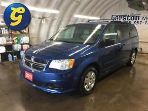 2011 Dodge Grand Caravan SXT*STOW N GO*REAR CLIMATE CONTROL*ALL  Kitchener / Waterloo Kitchener Area image 1