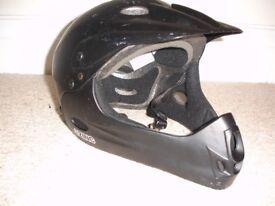 Zinc full face and head bike helmet