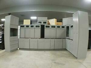 New Kitchens at Auction - Great Variety of Sizes and Styles