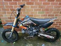 Stomp pit bike 125cc