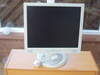 Belinea 10 17 15 (11 17 46) 17 Inch LCD Monitor With Built-in Speakers