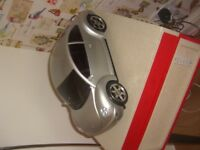 VOLKSWAGON CAR C.D PLAYER AND RADIO