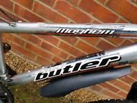 "Boys lightweight 24""wheel aluminium bike."