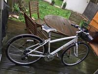 Victoria Pendleton bike (shimano breaks, 8 speeds)
