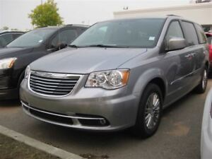 2016 Chrysler Town & Country Touring-L|Remote Start|Heated Leath