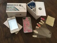 iPhone 4S 32GB UNLOCKED great condition with extras