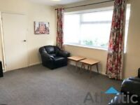 Large 3 Bedroom 1st Floor Flat In North Chingford, E4, Local to Train Stain & Local Shops