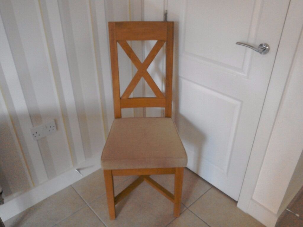 Dining chairsin SwanseaGumtree - Solid oak dining room chairs x 3. Bought from Arthur Llewellyn Jenkins. Over £100 each when new. Selling for £15 each. One seat cover is slightly marked but otherwise all in really good condition. Cash purchase only please
