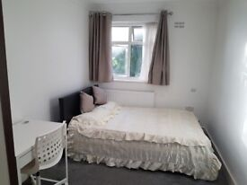 Double room.Edgware-Bransgrove Rd.All bills included!