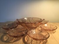 Art Deco set of pink glass bowl and 6 dishes