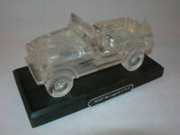 Collectable Lead Crystal Paperweight Jeep Renegade CJ-7 on Stand VGC (WH_2550)