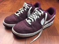 Nike Air - size 10