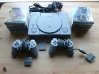 PLAYSTATION 1 CONSOLE 2 CONTROLLERS ALL LEADS AND 10 BOXED GAMES
