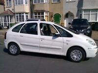 CITROEN PICASSO ESTATE MOT MAY 2019. DIESEL. MANUAL. 2005. FULL SERVICE HISTORY