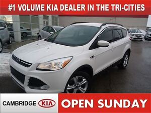 2014 Ford Escape SE / LEATHER / NAV / AWD