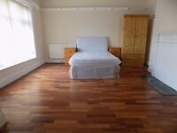 Brand New Furnished Luxury Rooms with ALL Bills included £500 - Luton Town Centre - Available Now