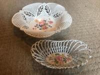 Decorative vintage floral bowl set