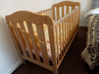 baby cot .bed.stronge excellent condition .170x75
