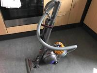 Dyson DC47 - Great condition, fully working, warranty until May '19