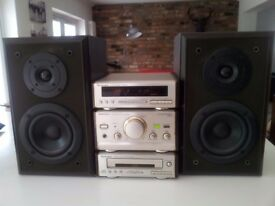 TECHNICS HD-60 STEREO SYSTEM - CD & TUNER