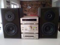 TECHNICS HD-60 STEREO SYSTEM - CD & TUNER