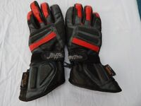 MOTOR CYCLE LEATHER GLOVES BY BUFFALO
